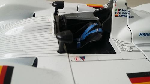 carro  escala 1/18  bmw 24 horas lemans original parts