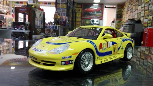 carro escala 1:18 porsche 911 carrera 1997