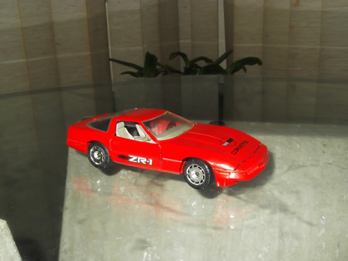 carro escala corvette 1987 majorette escala 1/24 10v
