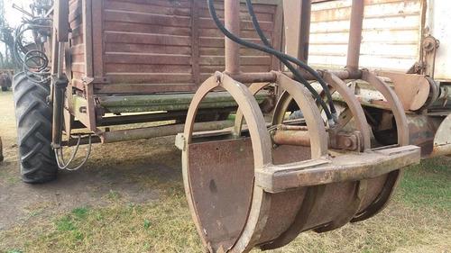 carro forrajero acoplado fraga con mandíbula de carga