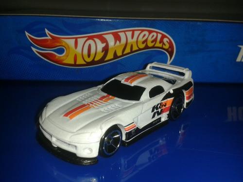 carro hot wheels dodge viper gts escala 1/64