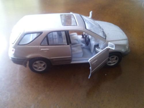 carro miniatura coleccionables kinsmart escala 1/36