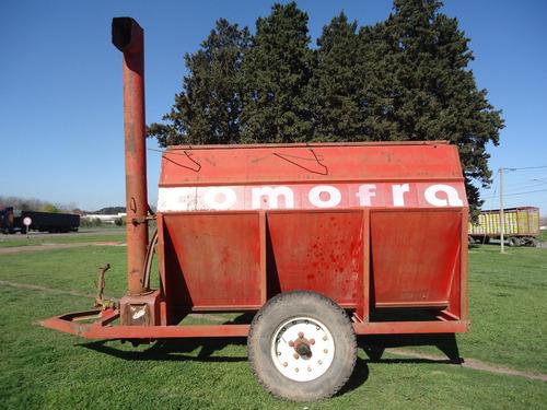 carro racionador de granos comofra de 5000 kg. buen estado