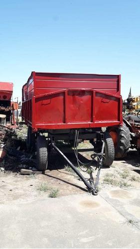 carro volcador minervino de 10 tt, vuelco hidráulico trasero