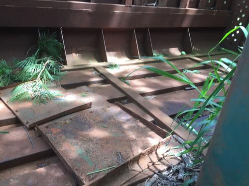 carroceria caixote de cana picada lado direito semi nova