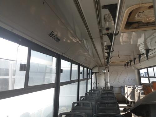carroceria de autobus ayco magno 2004
