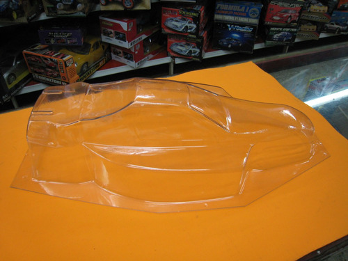 carroceria de lexan transparente  escala 1/8  arenero