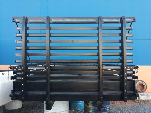 carroceria de madeira c 3,5 x l 2,3