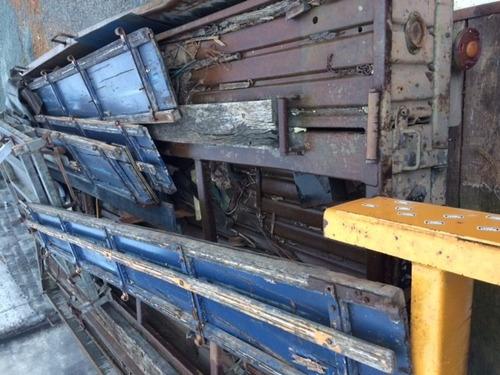carroceria do exercito para caminhão toco