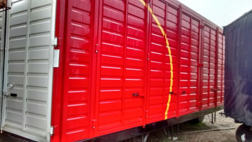 carroceria furgon chapa todo puerta usada 7 metros usada