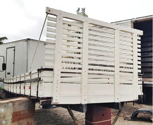 carroceria madeira 6,10m zerada semi nova