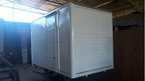 carrocería nueva, con puerta lateral 3.3x1.9x19 $ 1.500.000