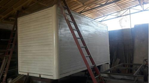 carrocería nueva, con puerta lateral 4.8x2.3x2.3 $ 2.300.000