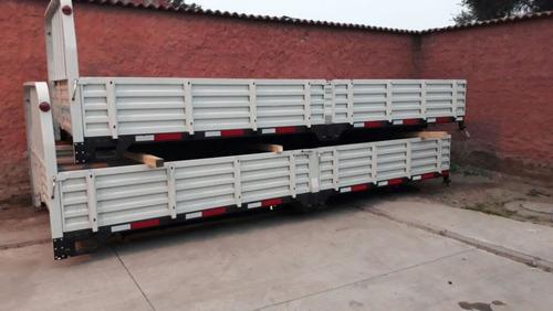 carrocería plana con barandas 6.90x2.50x0.50 $ 1.300.000