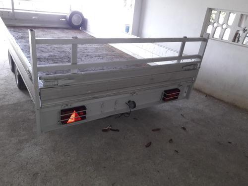carrocinha reboque 2 eixos 2500 kg sistema freio 4 x2 metros