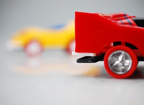 carros a fricción carritos carreras corren juega niño veloz
