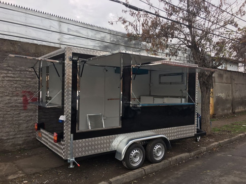 carros de arrastre y food trucks