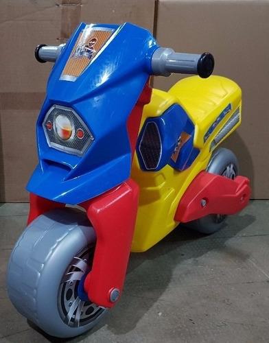 carros motos carritos montables niñas y niños