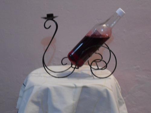 carrosa porta botella y candelabro de hierro forjado