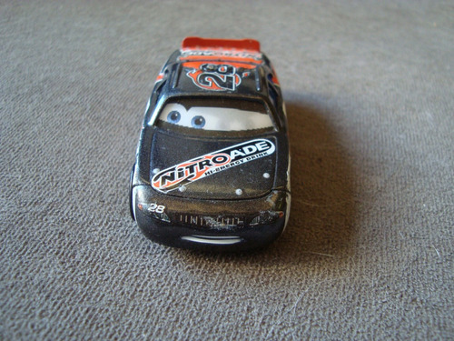 cars 1 n. 28 nitroade racer - alan aiken axler - copa pistão