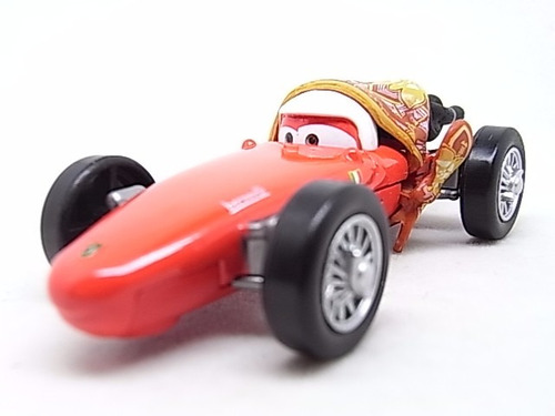 cars 2 disney pixar, mama bernoulli. escala 1:55