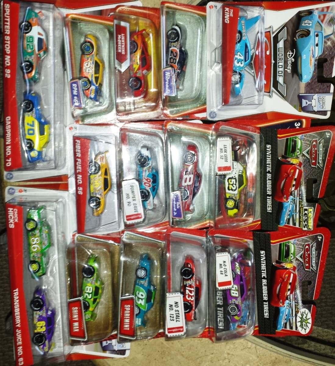 Cars disney corredores de cars 1 rey chick rpm no - Juguetes cars disney ...