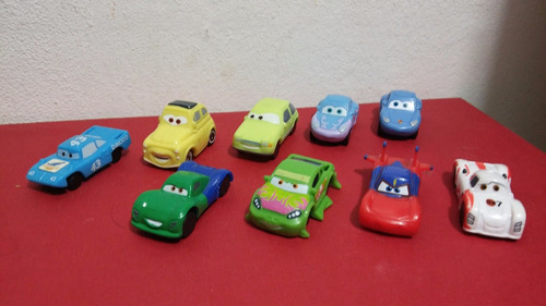 cars miniatura huevo kinder 9 carritos / autos