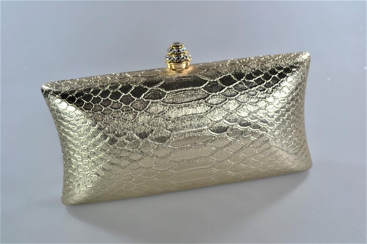 384f286296 carteira clutch feminina festa ouro claro dourada. Carregando zoom.
