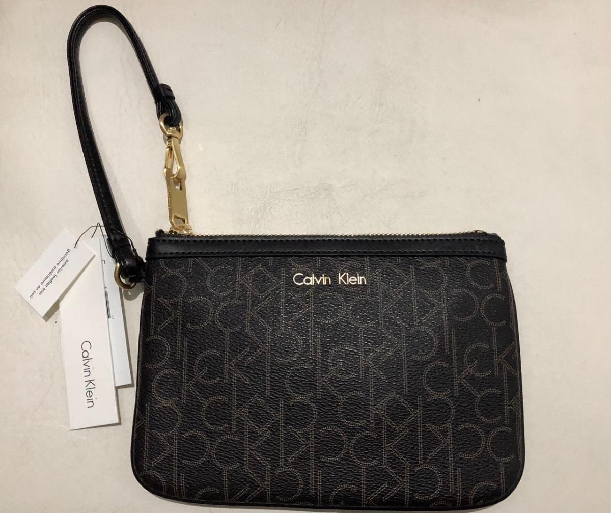 3cedd42d5 Carteira De Mão Calvin Klein Original Wrislet - R$ 219,99 em Mercado ...