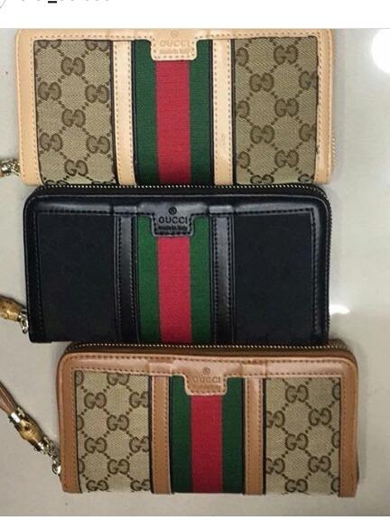 b11f413d6 Carteira Gucci Feminina - R$ 150,00 em Mercado Livre