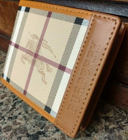 5d541c9993 Carteira Masculina Burberry Caramelo Importada - R$ 119,00 em ...