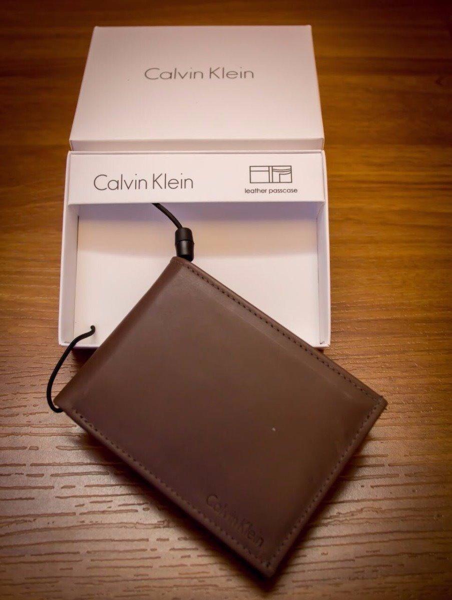Carteira Masculina Couro Ck Calvin Klein - R  85,00 em Mercado Livre e7c0fc32b1