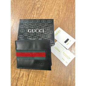 4b8ada6f15c93 Carteira Gucci Preta Listras