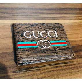 ab35b8e86882f Carteira Gucci Serpente no Mercado Livre Brasil