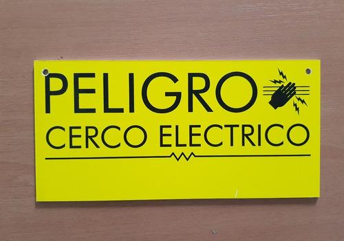 cartel  advertencia cerca electrica