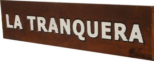 carteles, letreros en madera