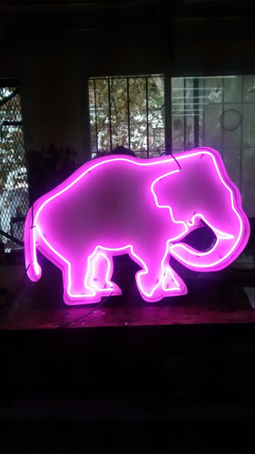 carteles luminosos letreros de led fabrica ploter neon