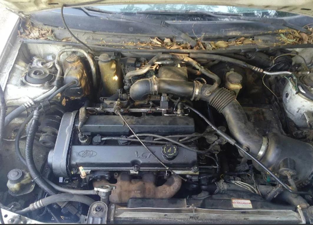 ford escort 2000 motor