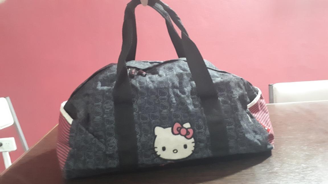 8da5ecc87c cartera bolso viaje hello kitty impermeable maxi xl. Cargando zoom.