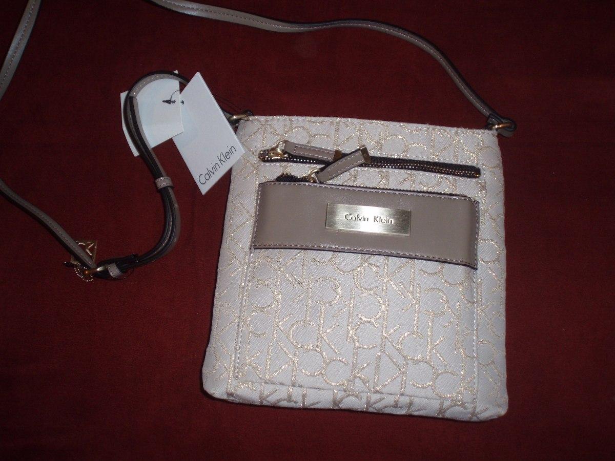 74b6b9885 Cartera Calvin Klein Mujer - $ 840,00 en Mercado Libre