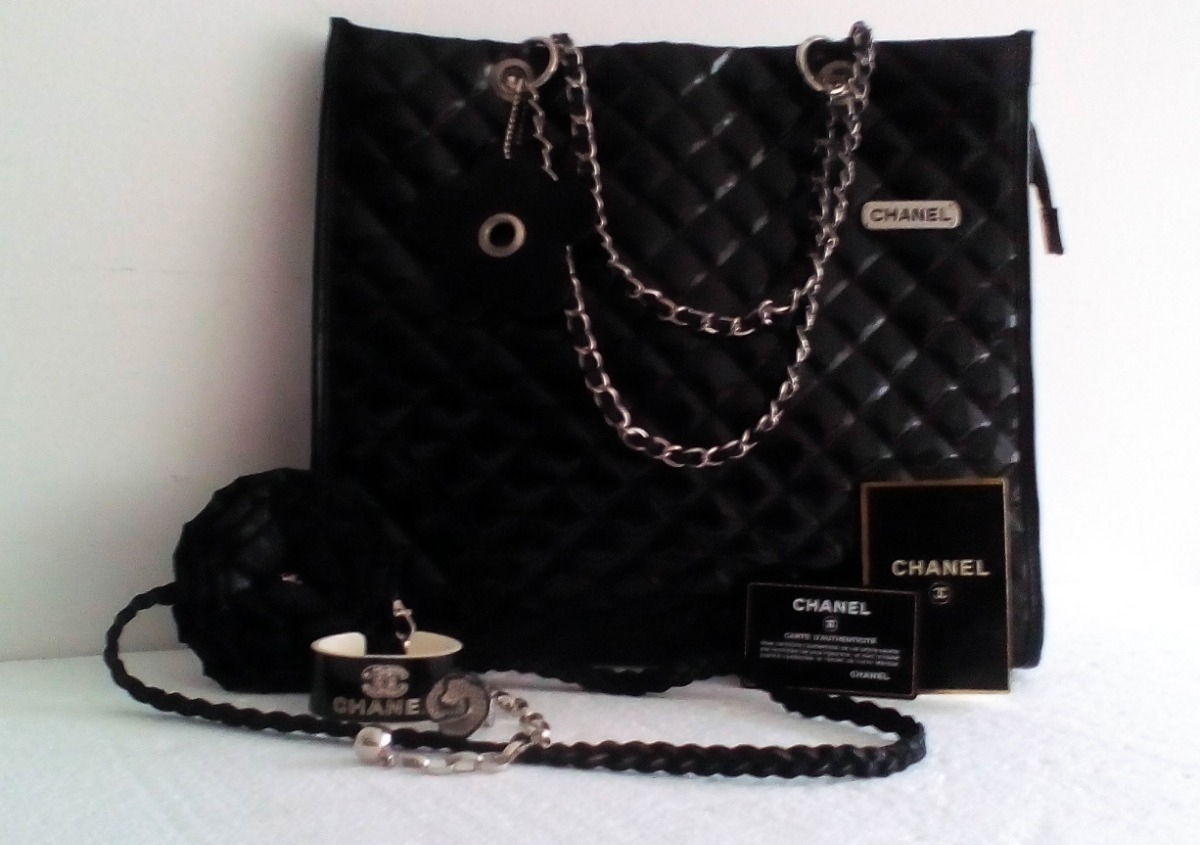 90a4a6903 Cartera Chanel. Estilo Bolso Shopper. Set De Dos Piezas. - Bs. 1.100 ...