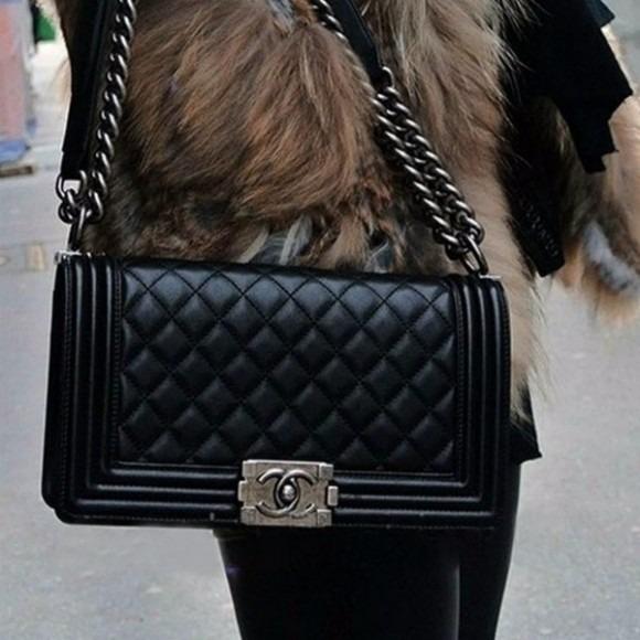 d7a818d96 Cartera Chanel Negra, Chica, Tipo Broche, Con Cadena - S/ 250,