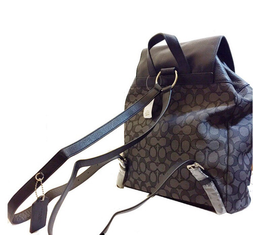 cartera coach / mochila importada muy comodo marron
