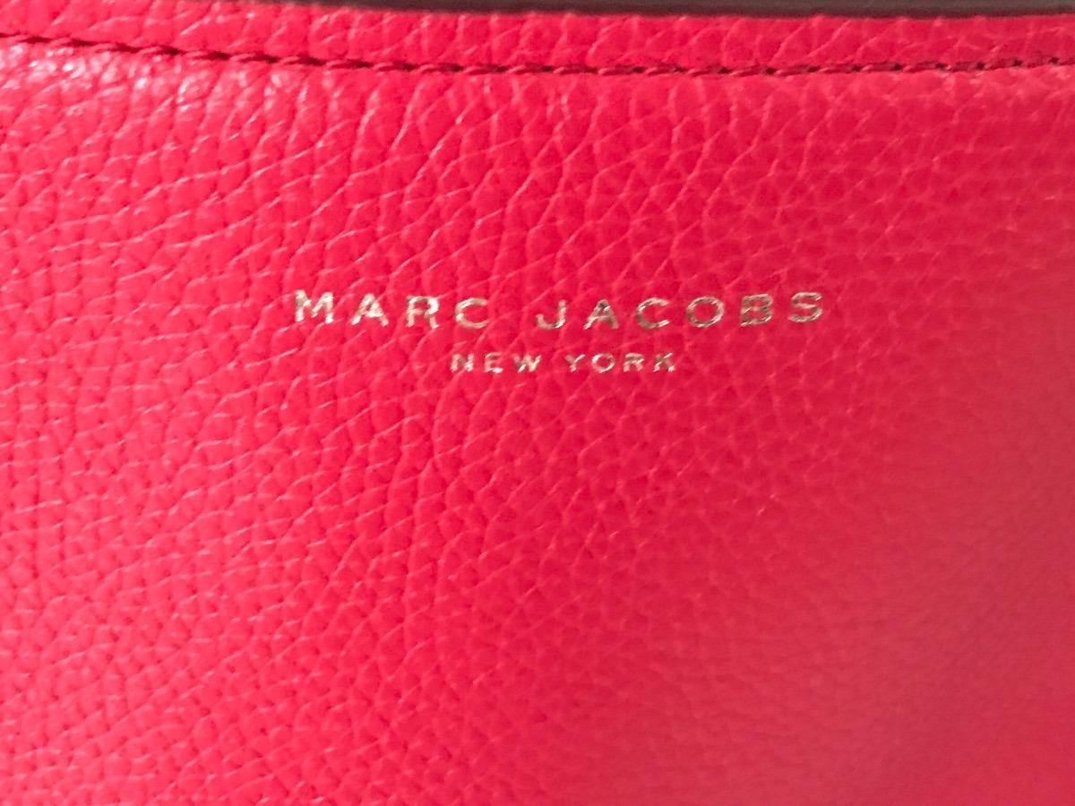 c91161033f5a0 Cartera De Cuero Legítimo Marca Marc Jacobs -   8.000