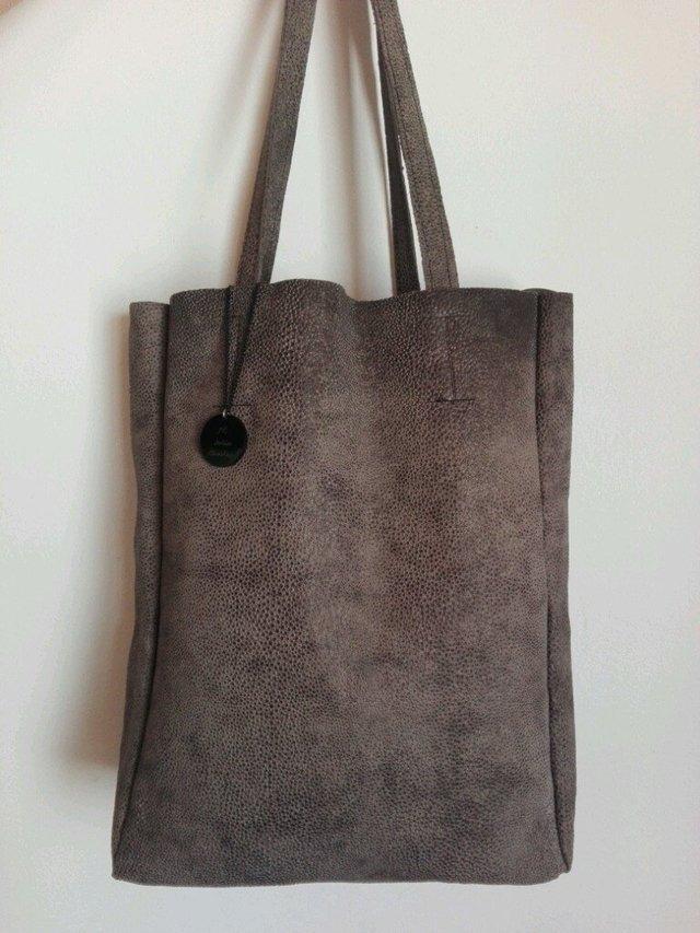 f5b534f599a cartera de cuero trabajado rufina! maxi bolso! color marron. Cargando zoom.
