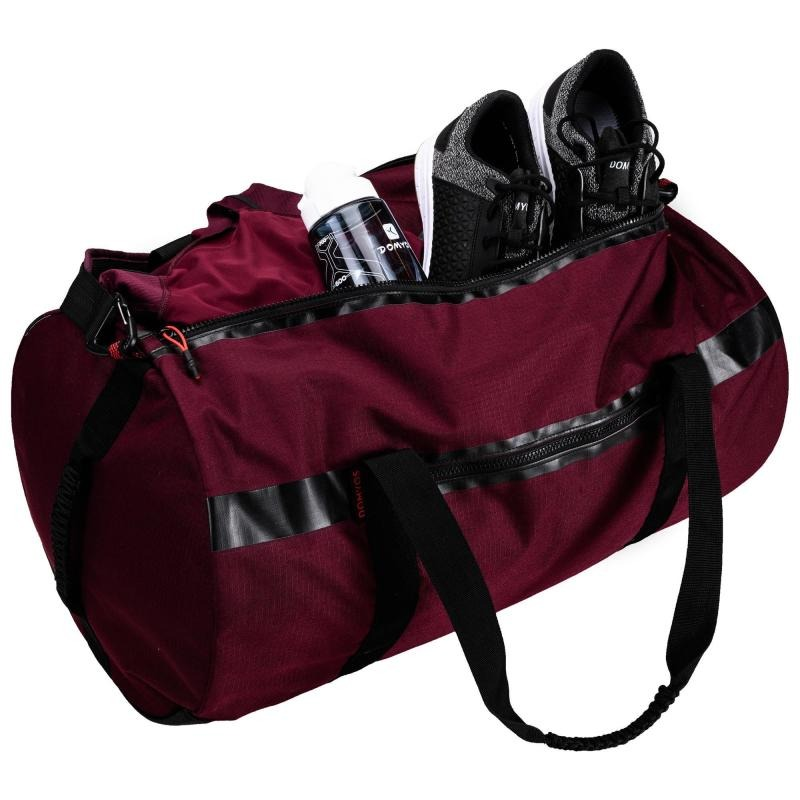 cartera fitness cardio-training power 55 litros burdeos. Cargando zoom. 759358d5f31