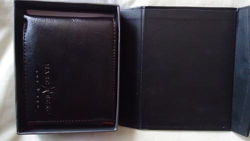 cartera marc ecko color negra con cafe