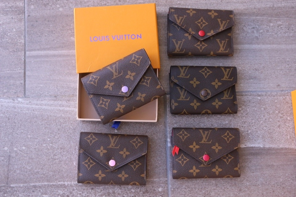 133e32780 Cartera-monedero Louis Vuitton Dama - $ 550.00 en Mercado Libre