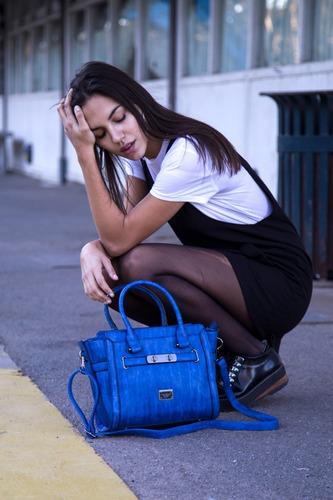 cartera mujer importada simil cuero quaglia q733