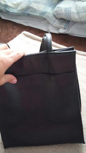 cartera negra cuero